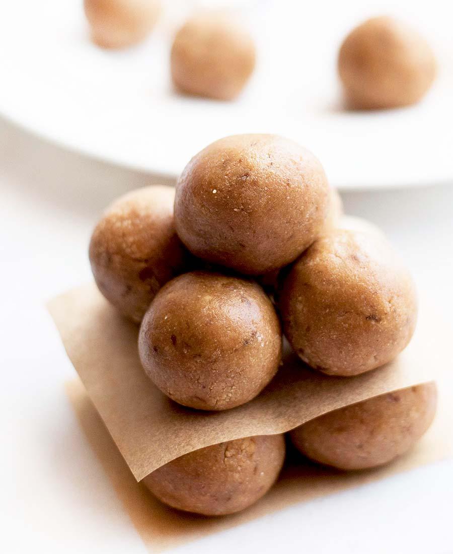peanutbutter.cookiedough.balls .wiw1 .featured