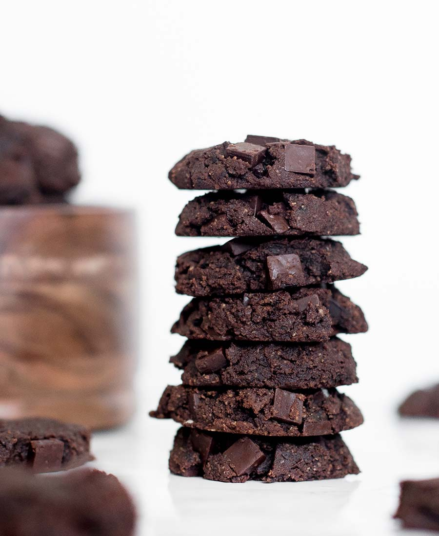 Vegan Double Chocolate Chia Cookies