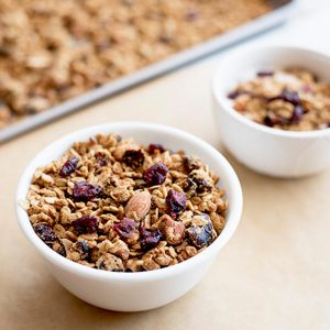 vegan.cran .almond.granola.wiw2featured
