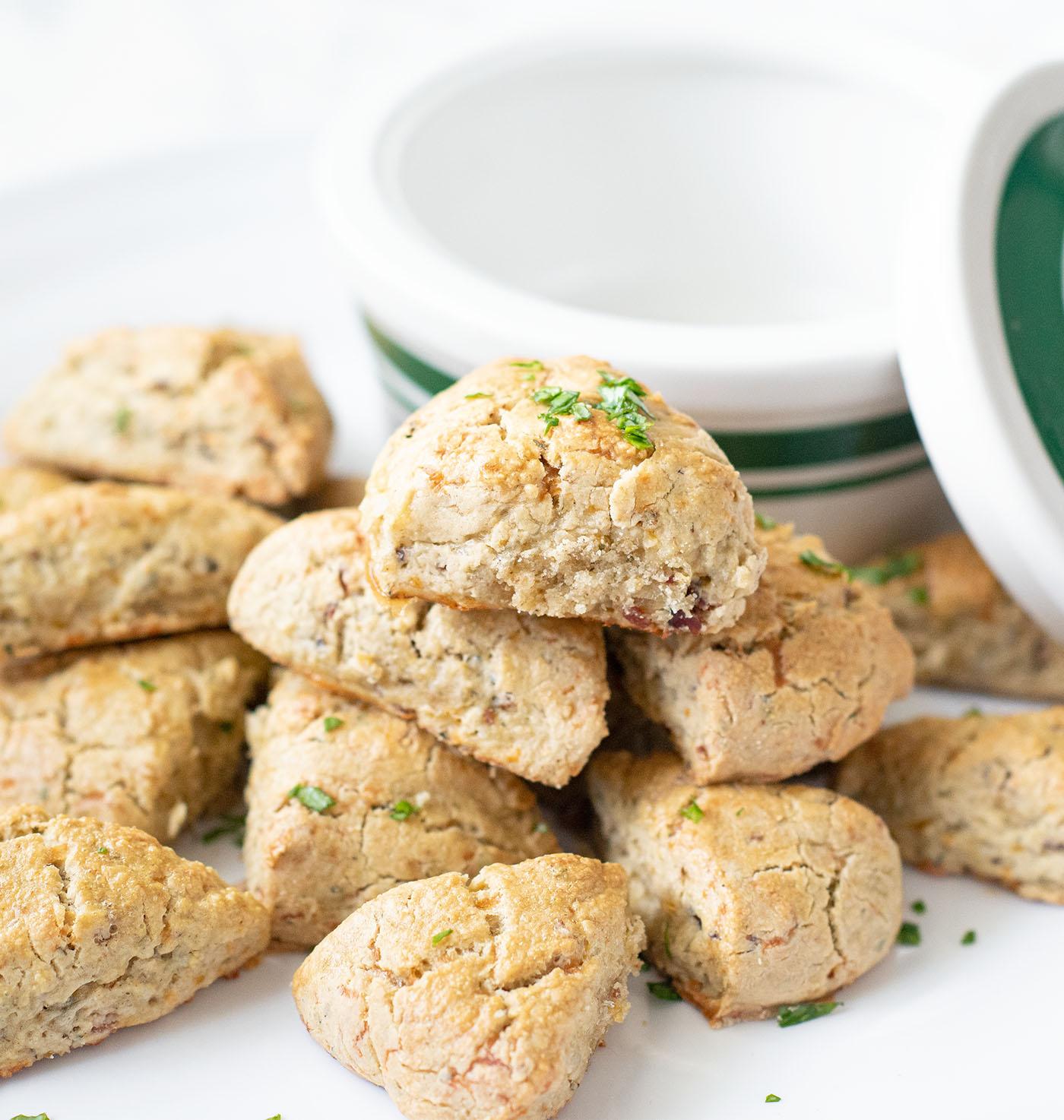 gf.italianherb.baconcheddar.scones.wiw6