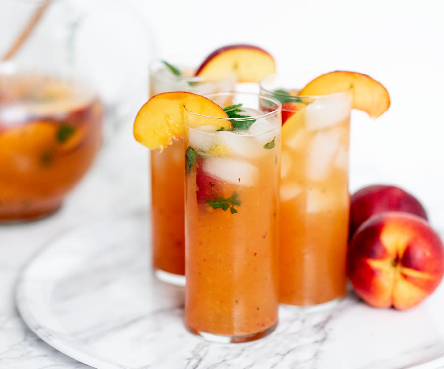 refreshing.bubbly.peach .mint .cocktail.wiw4